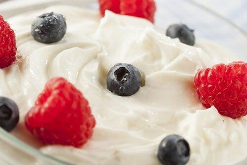 3#:Jogurt z owocami-mózg.jpg