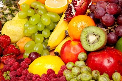 Świeże owoce likwidują zaparcia