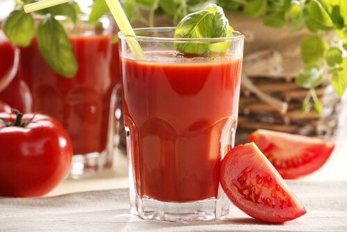 6#:Sok z pomidora-naturalnych napojów.jpg