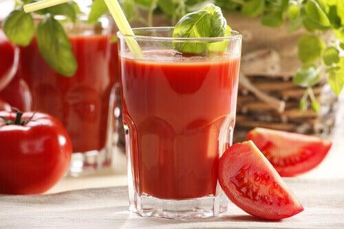 #2:sok-pomidorowy.jpg