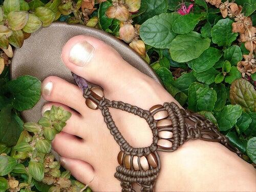stopa w klapku
