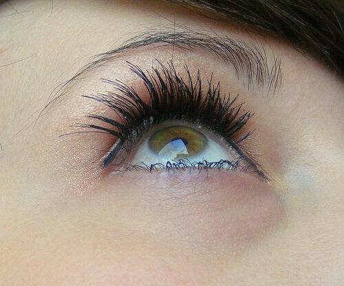 3#:skóra-oczy-.jpg