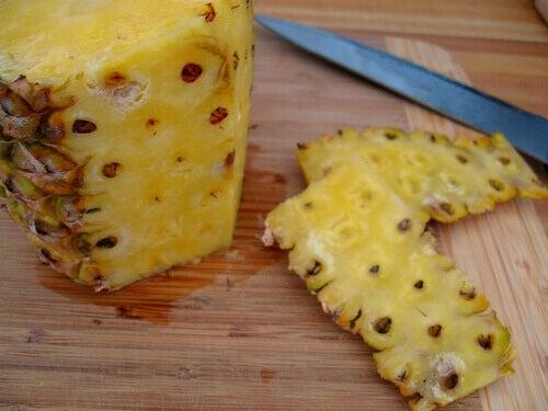 skórka z ananasa