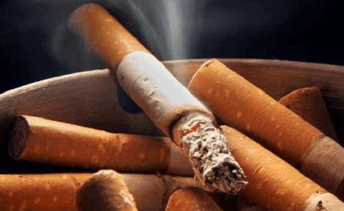 Papieros i pytanie jak rzucić palenie
