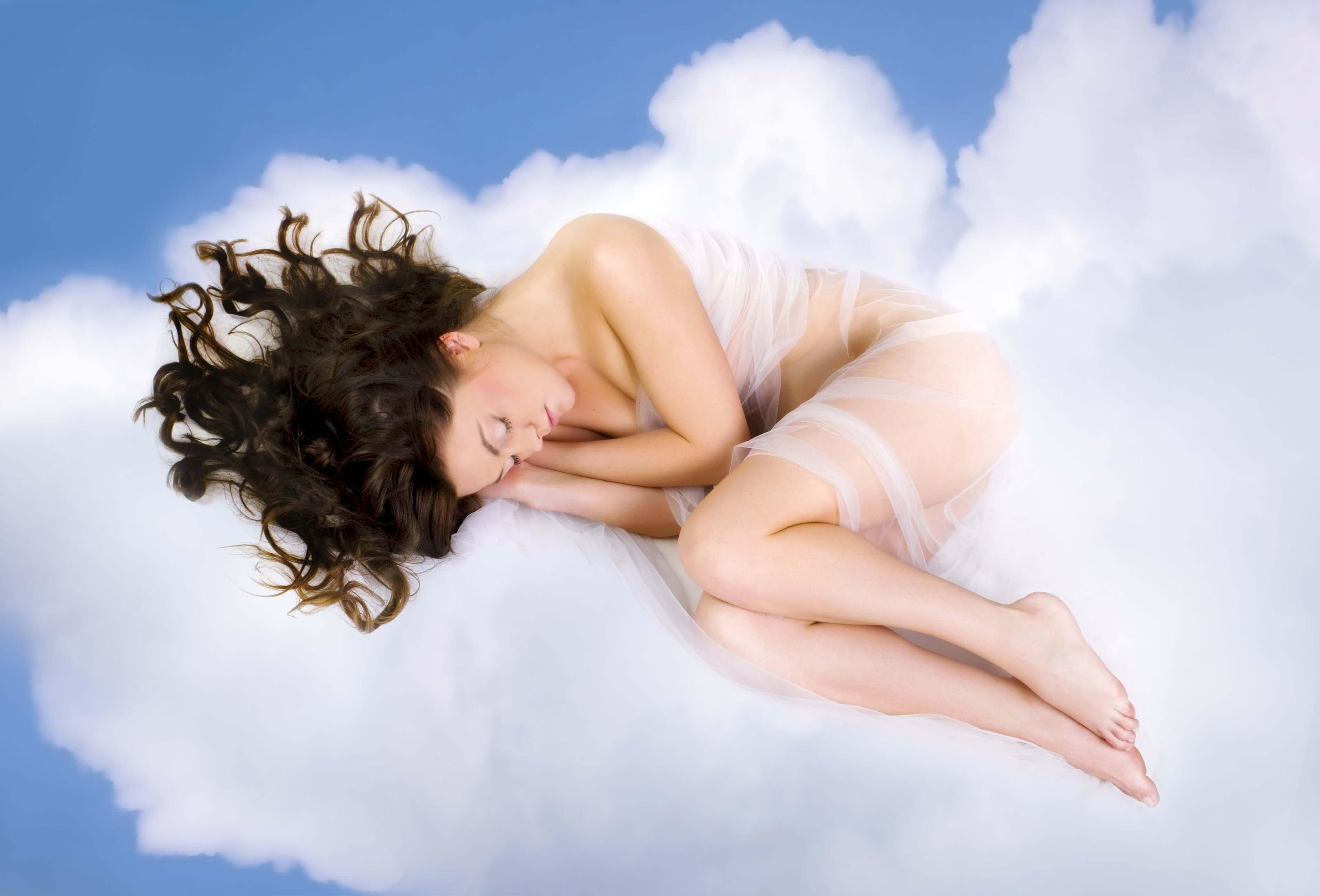 2#:Chmury-.zasypianie.jpg