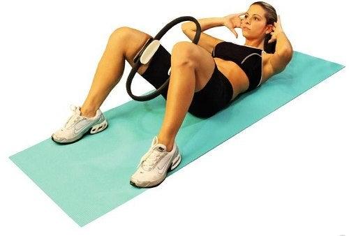 6#:Cwiczenie luk-pilates.jpg