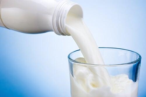 3#:Produkty mleczne-bóle stawów.jpg