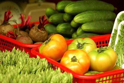 Swieże warzywa i owoce a nieskazitelna cera