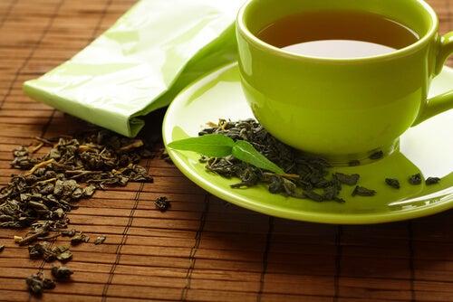 4#:Zielona herbata-bóle stawów.jpg