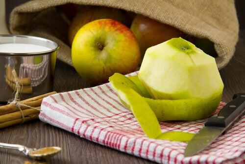 3#: jabłka-detoks.jpg