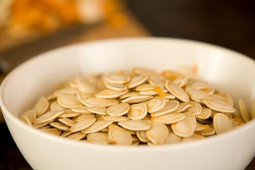3#:nasiona dyni-Food-Thinkers-pasożyty.jpg