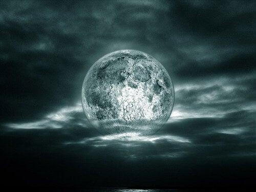 Czy Księżyc wpływa na nasze życie?