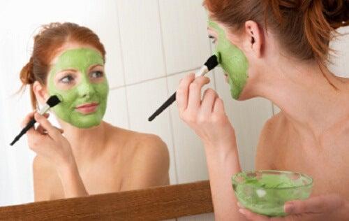 Sposoby na wyszczuplenie twarzy