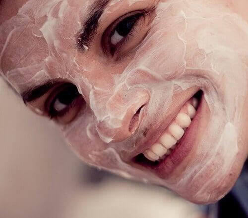 Peeling skóry twarzy