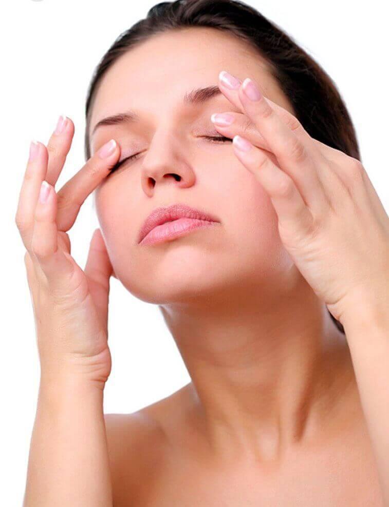 Masowanie oczu