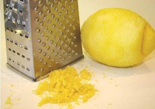 Cytryna-10 powodów, by zawsze mieć ją w lodówce