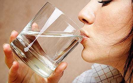 4#:Woda-kwas moczowy.jpg