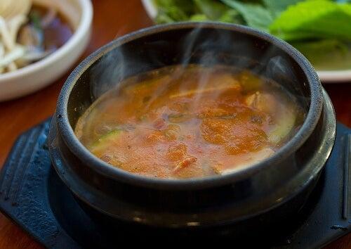 Lecznicza zupa – jak ją przygotować?