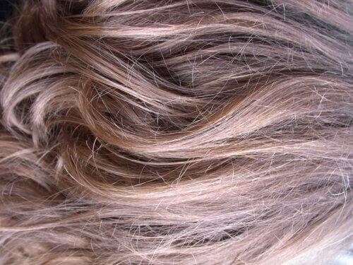Na ratunek zniszczonym włosom!
