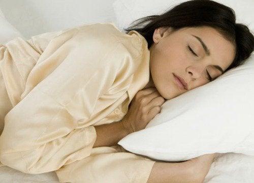 Śpisz na lewym boku? – Będziesz zdrowszy