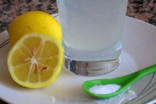Poranki z cytryną — 3 pyszne przepisy
