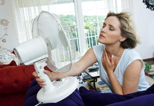 Menopauza – jak zwalczyć uderzenia gorąca?