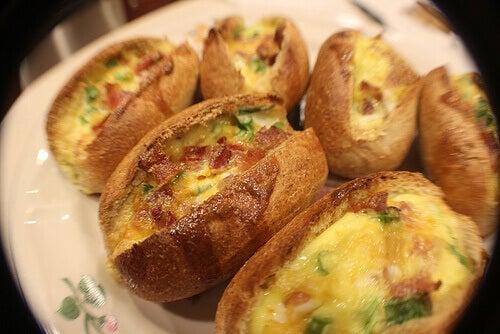 Chleb owsiany z jajkiem