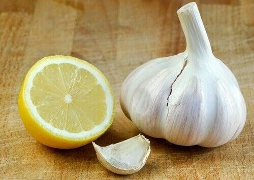 Cytryna i czosnek