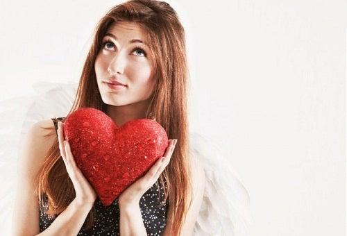 Kobieta z sercem