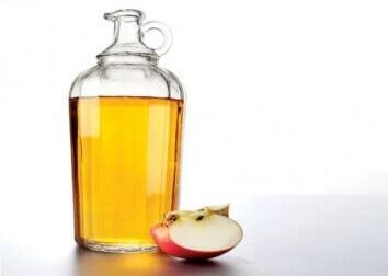 ocet jabłkowy i jego różne zastosowania