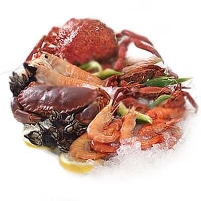 Owoce morza na talerzu