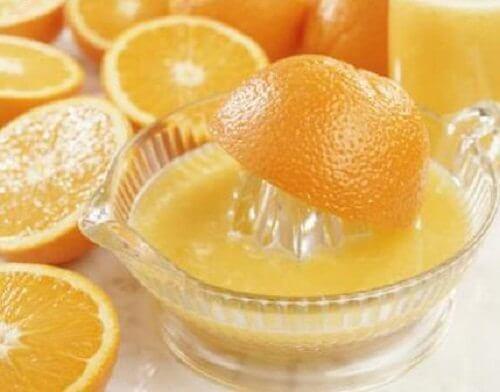 Naturalny sok pomarańczowy
