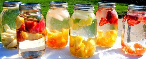 Orzeźwiające wody smakowe