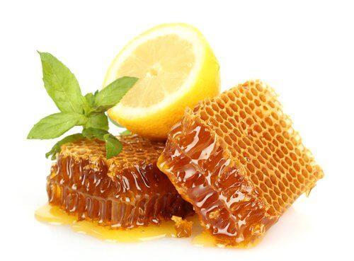 Cytryna i miód na kaszel