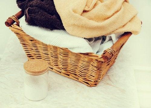 Ręczniki w koszu