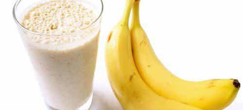 Smoothie z banana na zjawisko zatrzymania płynów w organizmie