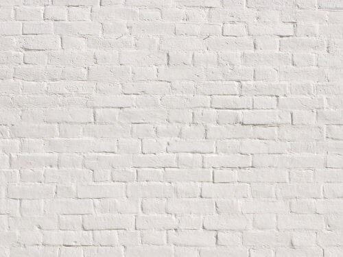 Biała ściana