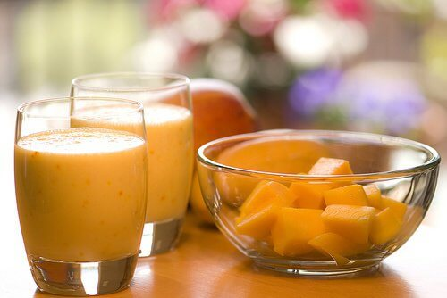 Świeży koktajl z papai