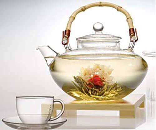 Napar z białej herbaty