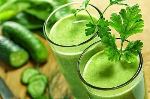 Naturalny sok ogórkowy