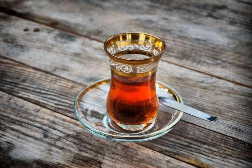 Zielona herbata z kurkumą