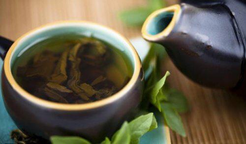 Zielona herbata - kiedy najlepiej ją pić?