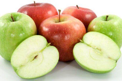 Naturalne środki przeczyszczające - jabłka