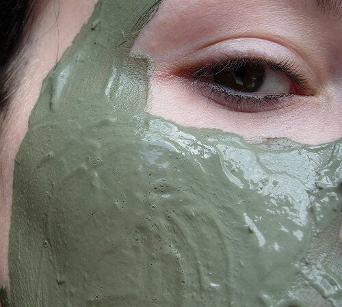 Maseczka z glinki i zielonej herbaty