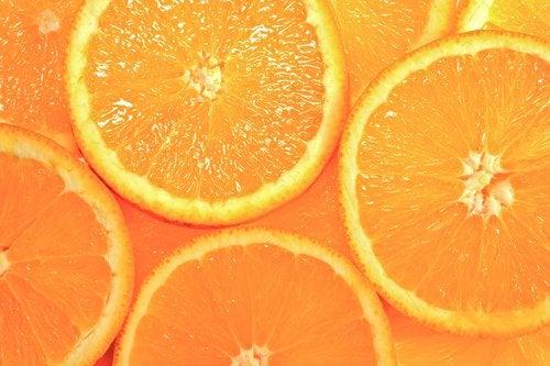 Świeża pomarańcza