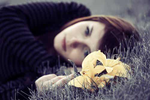 Jak pokonać smutek? 4 porady