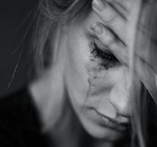 Zaplakana kobieta