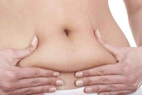 Nadmiar tkanki tłuszczowej na brzuchu