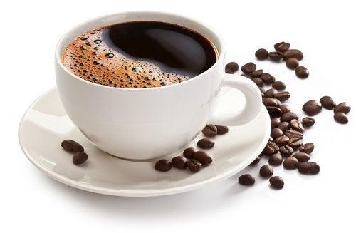 Naturalna, czarna kawa