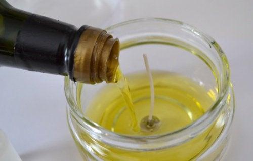Zużyty olej na świece